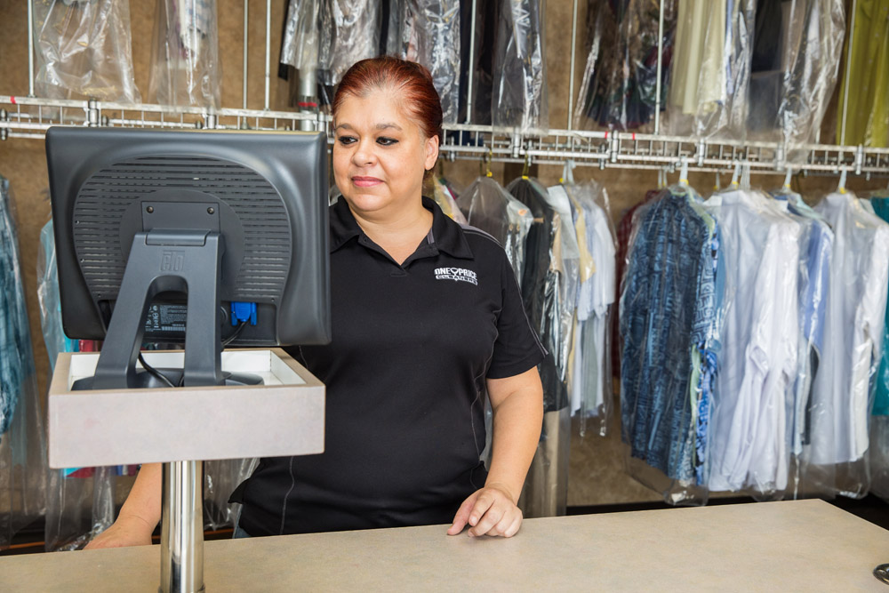 One Price Cleaners – 13032 Nacogdoches Rd